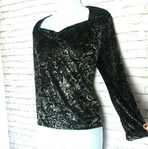 Jones New York Tops - JONES NEW YORK black paisley velvet top